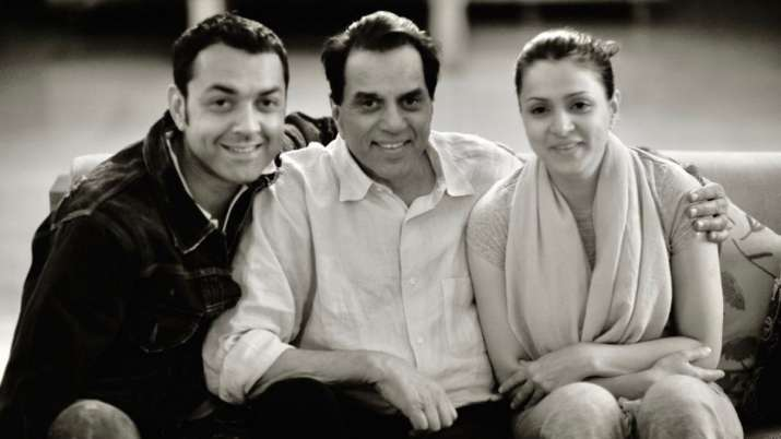 Bobby Deol, Dharmendra, Tanya Deol