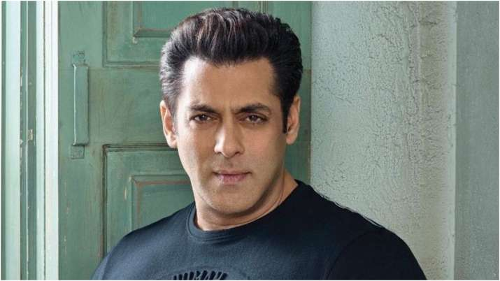 Salman Khan encouraged the fans and said 'we have to be positive until these bad times are over'