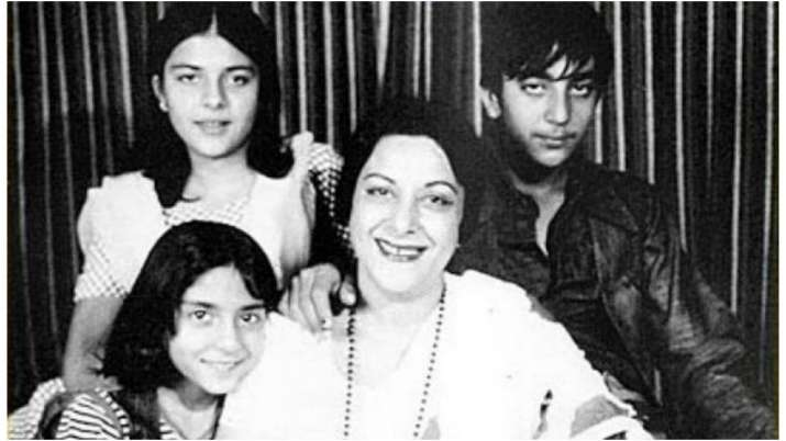 On the anniversary of Nargis' birth, Sanjay Dutt shares photos he doesn't share with Sunil Dutt and his family