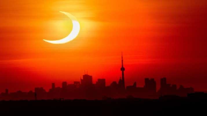 solar eclipse, solar eclipse live, solar eclipse photos,surya grahan, surya grahan 2021, surya grah