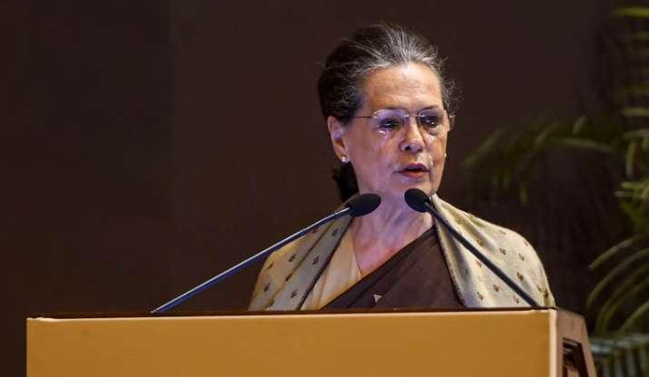 5-member Congress panel submits report to Sonia Gandhi on