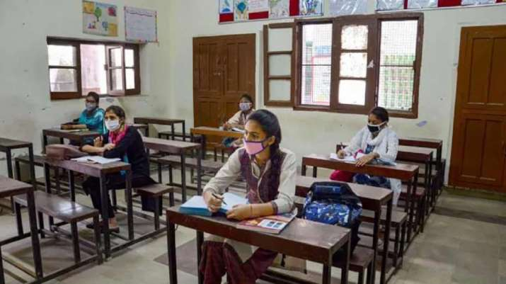 Parents, students flag concerns over CBSE, CISCE evaluation