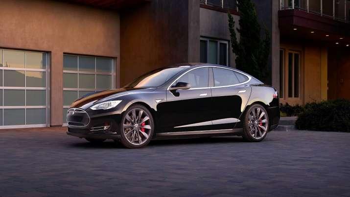 Tesla begins hiring for senior roles in India, says report.