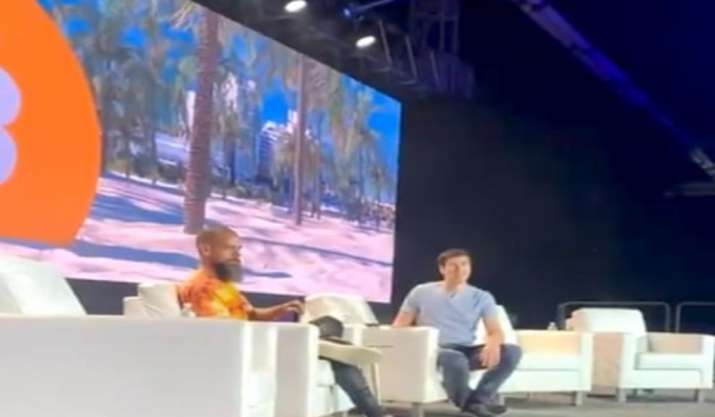 Twitter's CEO Jack Dorsey heckled at Bitcoin 2021