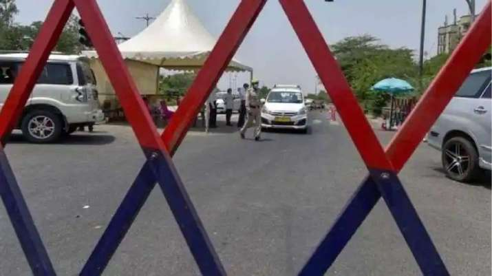 Delhi Police chief holds meeting to assess 'un-lockdown'