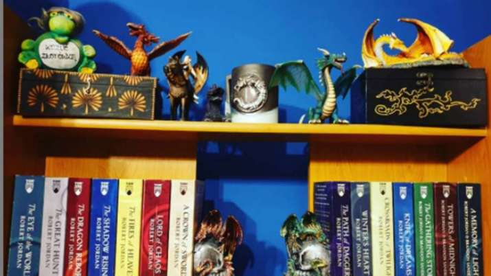 Vastu Tips: Keep these things in mind while keeping a dragon statue or picture at home