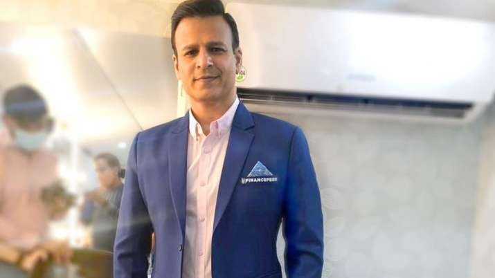 Vivek Oberoi contributed to a fundraiser to help people who are suffering from the deadly virus.