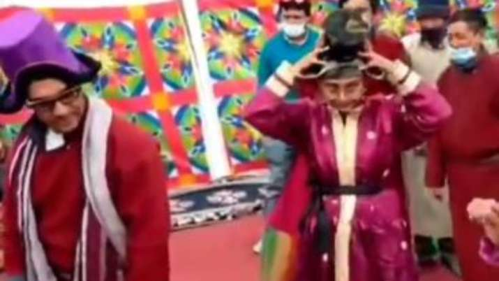 VIDEO: Aamir Khan, Kiran Rao wear traditional costume to dance with the locals
