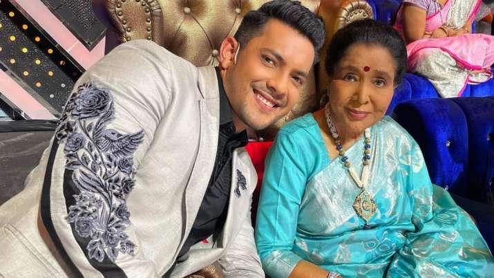 Aditya Narayan, Asha Bhosle