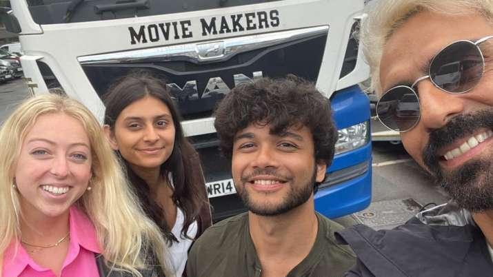 Arjun Rampal da un vistazo de su 'día fuera de papá' con su hija Mahikaa