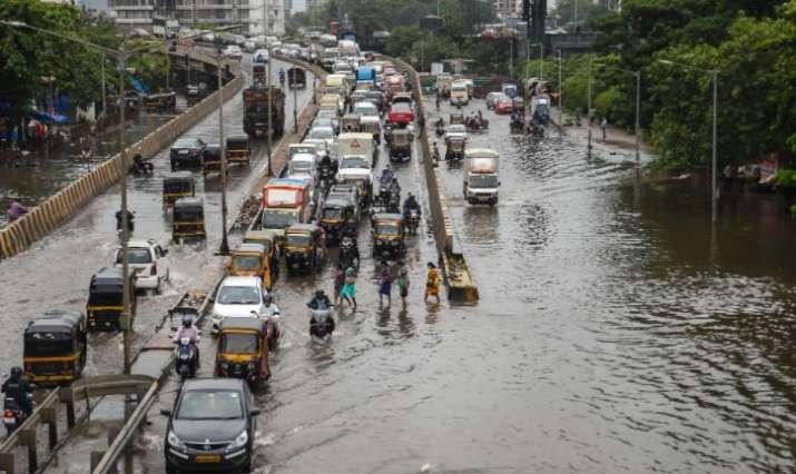 Mumbai rains, mumbai heavy rain prediction, mumbai rains today, uddhav thackeray high level meeting
