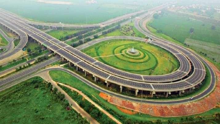 Delhi-Mumbai Expressway construction is at record speed,