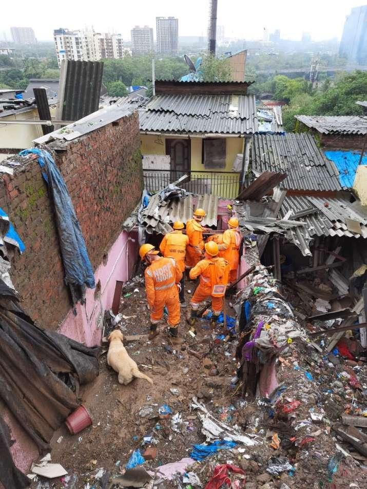 India Tv - NDRF rescue