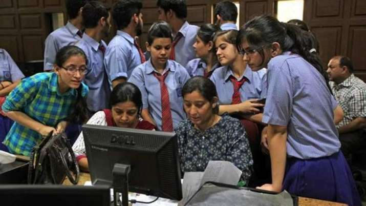DU cut-offs likely to be higher as 70,000 students score