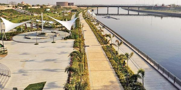 gomti river front project