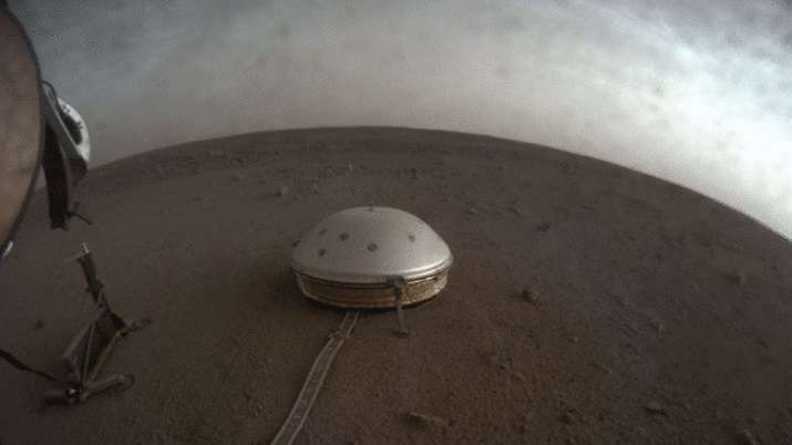NASA lander reveals Mars' deep interiors for 1st time
