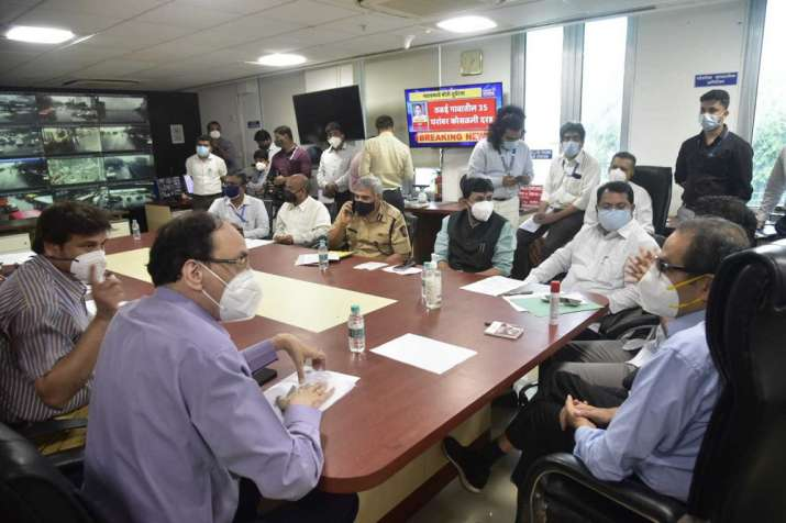 India Tv - CM Uddhav Thackeray reviews Maharashtra floods situation at Mantralaya control room