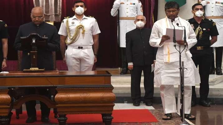 FILE| President Ram Nath Kovind administers oath to Pashu