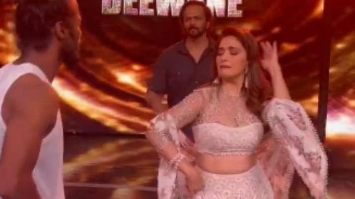 Dance Deewane 3: Madhuri Dixit impresses Rohit Shetty with her Singham 'thumka' punk