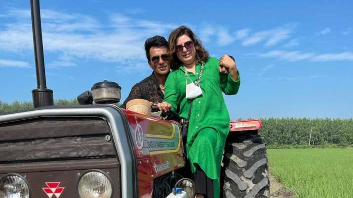 Sonu Sood shares the screen with Niddhi Agerwal on Farah Khan's choreography song