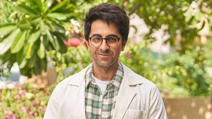 Doctor G: Ayushmann Khurrana takes a first look, honors doctor for playing for the first time on screen