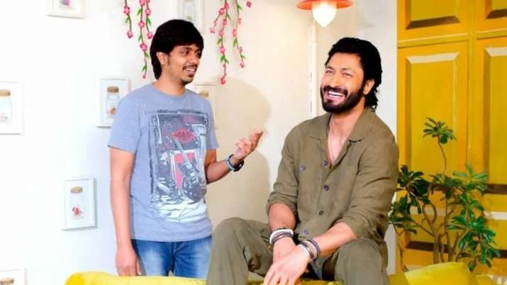Fans can't keep calm as Vidyut Jammwal turns producer with his next film 'IB 71'