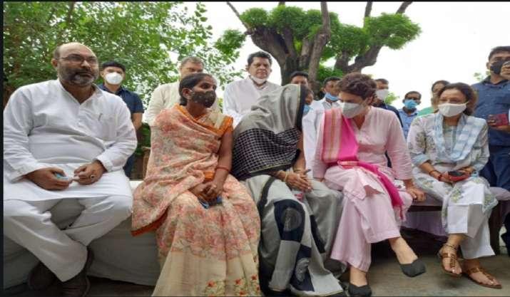 On UP visit, Priyanka Gandhi meets SP worker Anita Yadav in