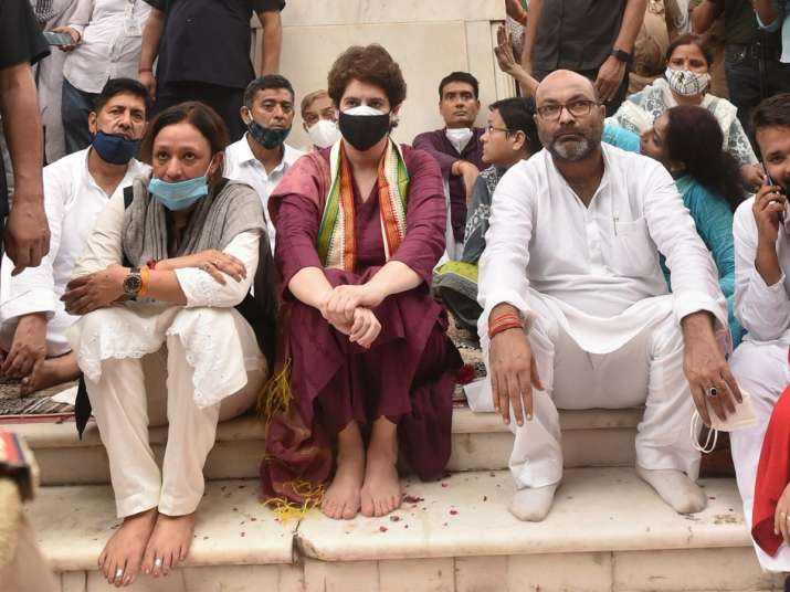 lucknow silent protest