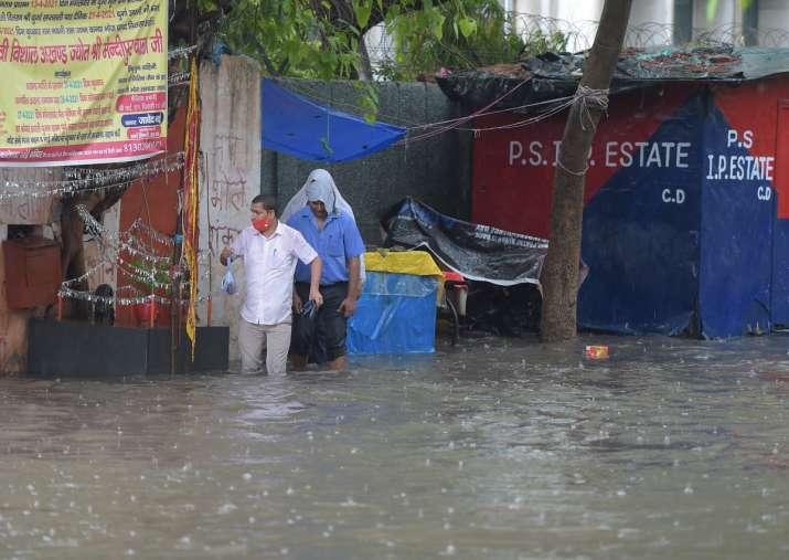 delhi rains waterlogging