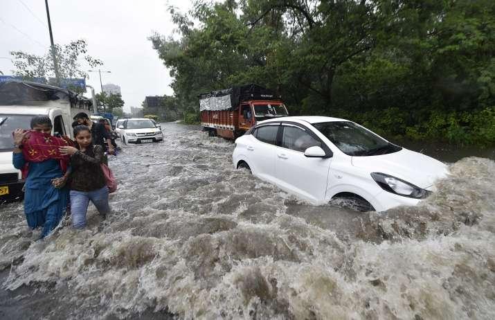 Delhi Rains Man drowns filming waterlogging railway underpass first death Pul Prahlad Pur latest news | India News – India TV