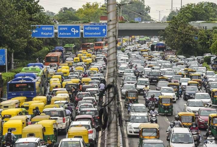 India Tv - Delhi rains, delhi ncr rains, delhi rains imd latest forecast, delhi weather today, delhi weather ne
