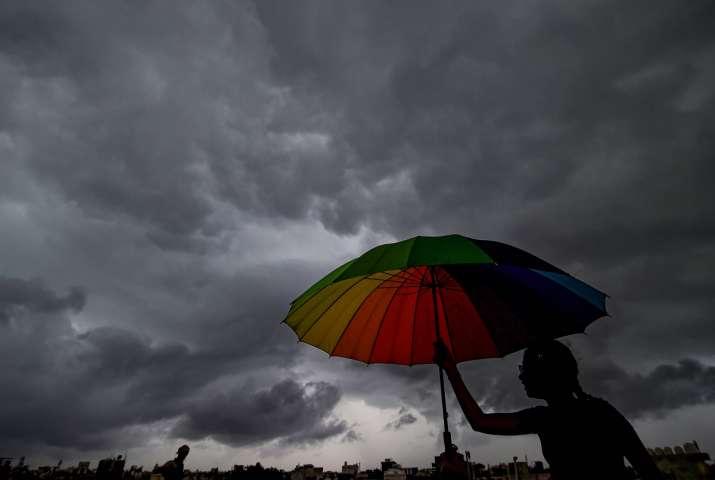 delhi light rains