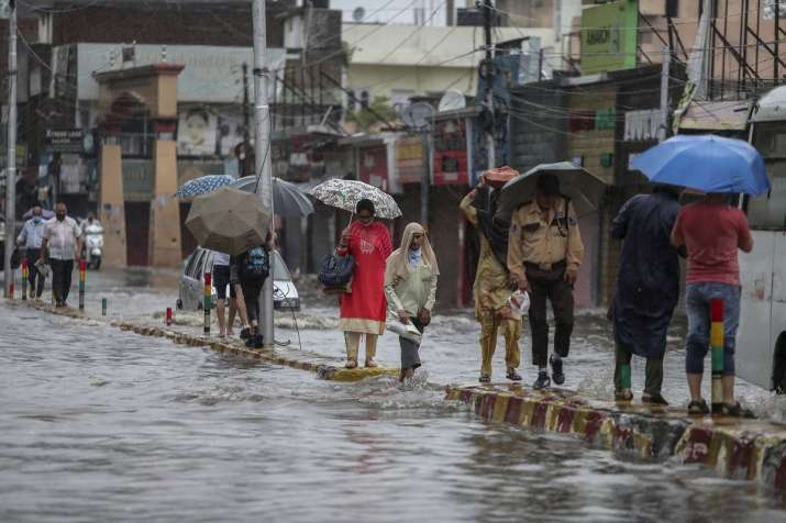Mumbai Rains LIVE: Overnight spell triggers waterlogging,
