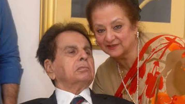 Saira Banu revealed unknown facts about Dilip Kumar in his autobiography: He imitated Helen's dance