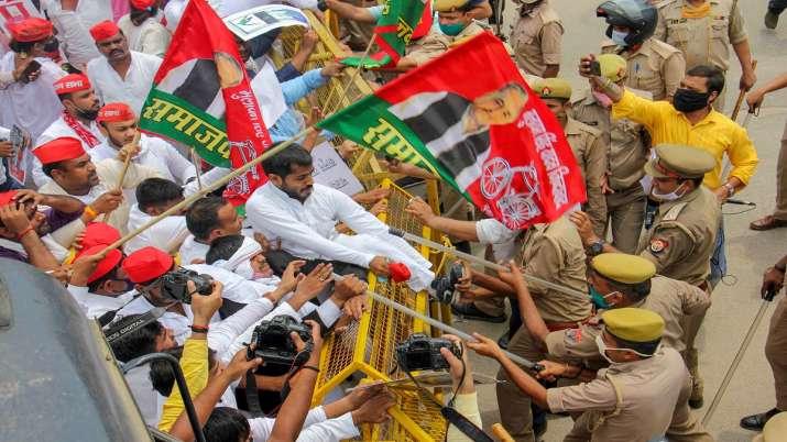 samajwadi party, samajwadi party protest agra, pakistan jindabad slogan samajwadi party protest
