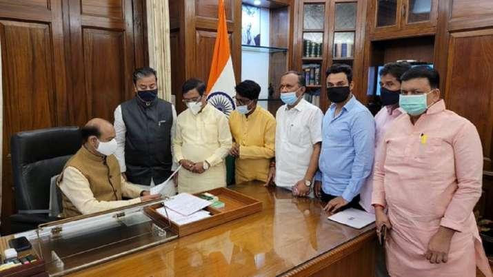 Shiv Sena MPs also met Lok Sabha Speaker Om Birla