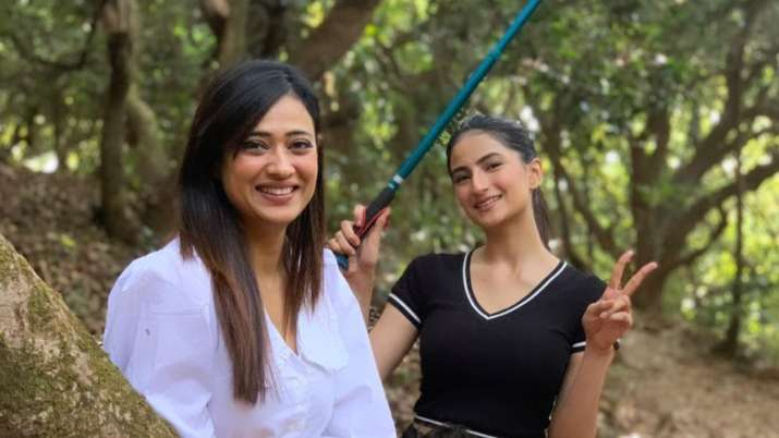 Shweta Tiwari Palak at her daughter's premiere: Can't help her much, you feel sad