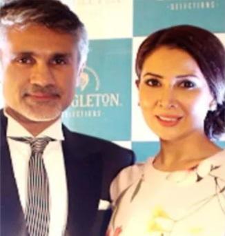 India Tv - Kim Sharma and Arjun Khanna
