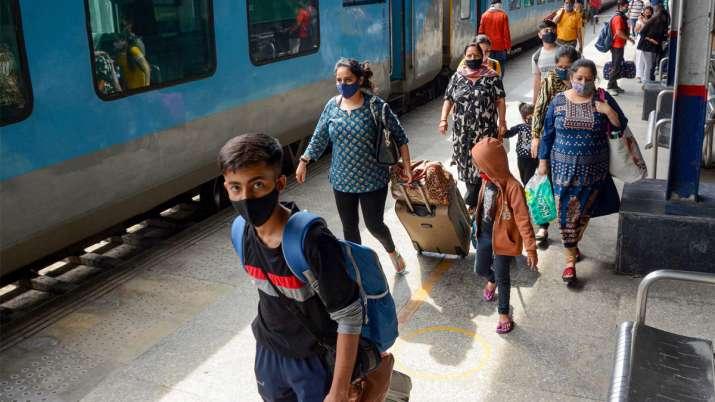 Maharashtra covid report, Maharashtra covid report not needed anymore, Maharashtra full vaccination,