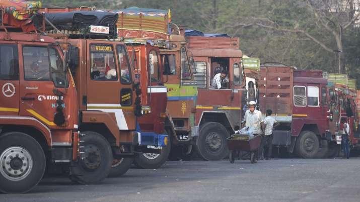 Police, seized, truck, cattle, three arrested, Jharkhand Palamu district, jharkhand latest news, jha