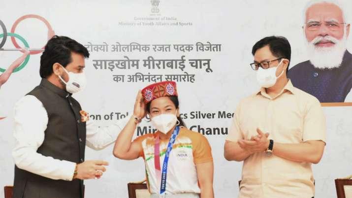 Union Ministers Anurag Thakur and Kiren Rijiju with Silver