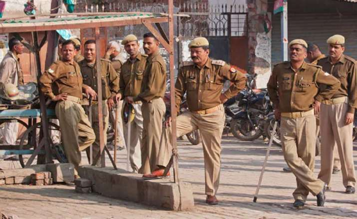 UP block panchayat polls: Police officer tells senior he