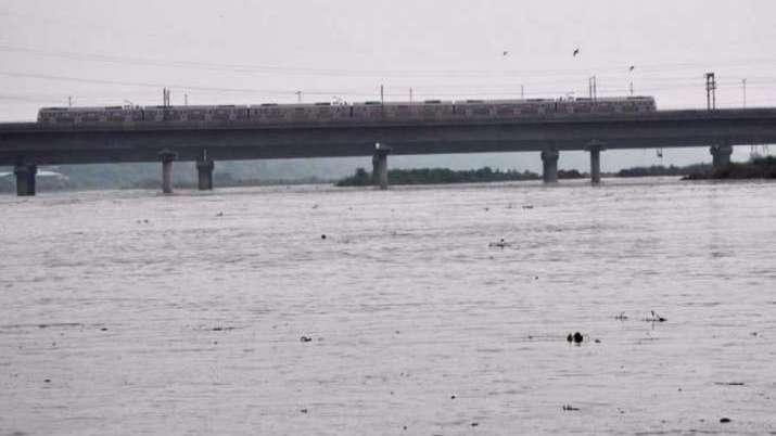 Delhi, Water levels, Yamuna, yamuna water level rise, heavy rains, catchment areas, delhi latest nat