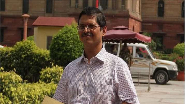 Former IPS officer Amitabh Thakur to float political party