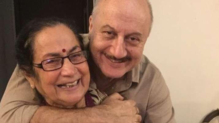 Anupam Kher and his mother Dulari