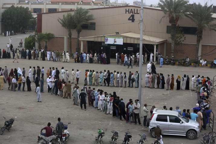 pakistan covid vaccination