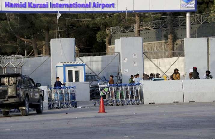 Taliban seals off Kabul airport, stops people as evacuation