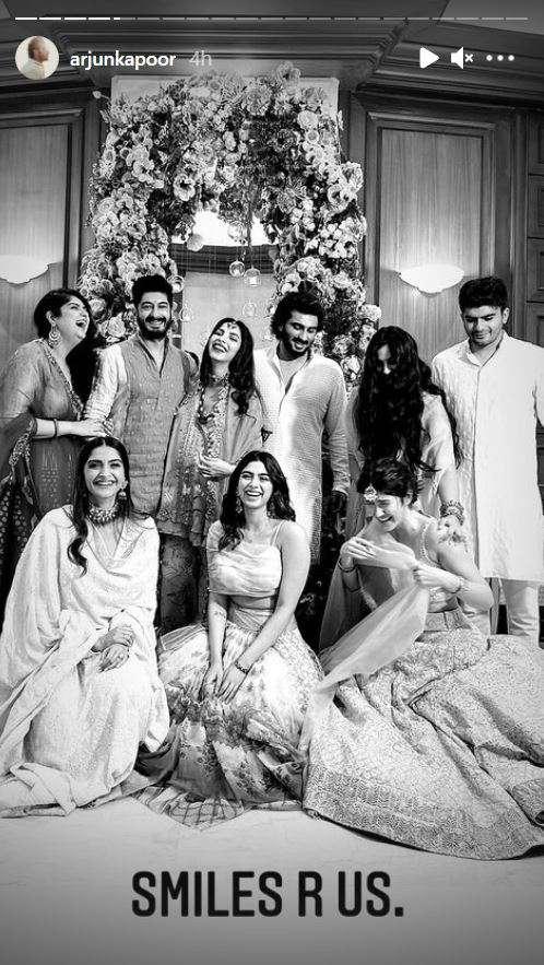 India Tv - Arjun Kapoor shares photos with his cousins