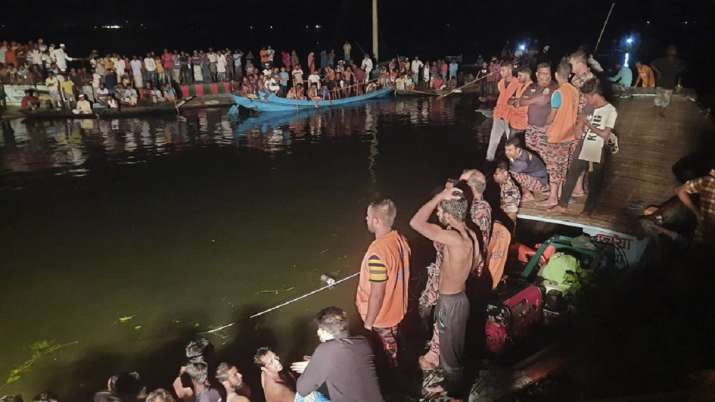 Boat sinks, Bangladesh, pond, 21 dead, several missing passengers, latest international news updates