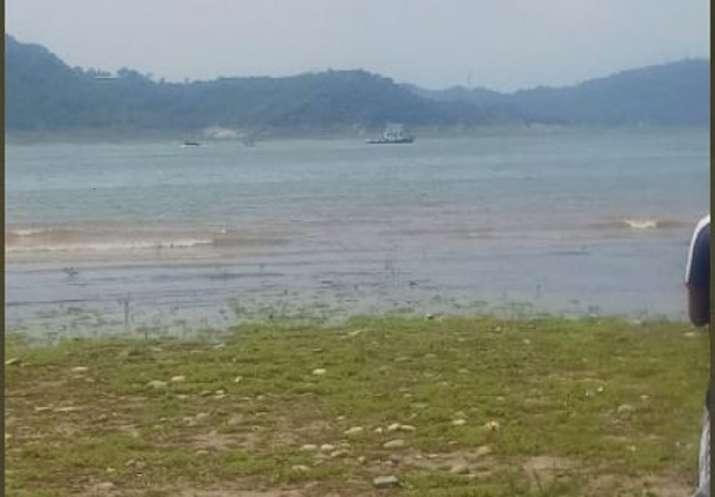 Indian Army helicopter crashes near Ranjit Sagar Dam